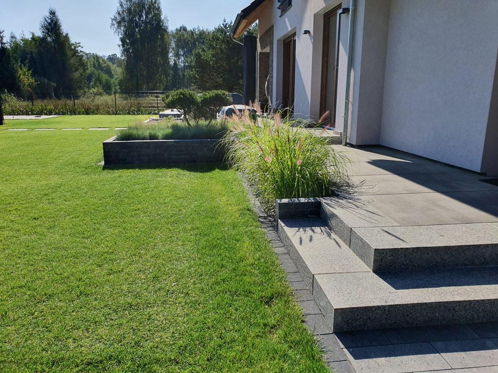 Ogród minimalistyczny.